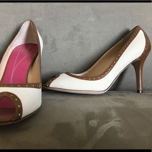 New Kate Spade canvas and leather pumps 7.5